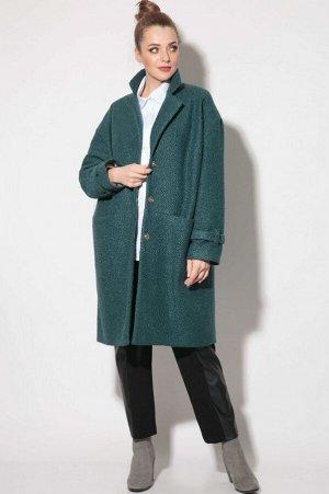 Пальто Пальто SOVA 11112 бирюза  Состав: Пальто: ПЭ-100%; Подкладка: Вискоза-50%; ПЭ-50%; Сезон: Осень-Зима Рост: 164  Стильное демисезонное пальто из искусственного меха под каракуль. Пальто оверсай