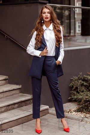 Классический костюм с жилетом