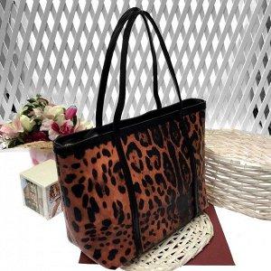 См. описание. Женская сумочка Tiana из натуральной кожи тигрового цвета.