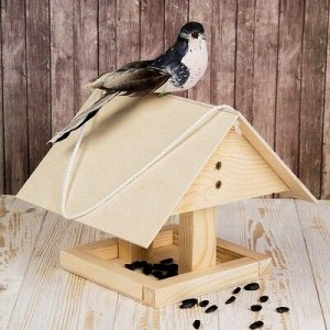 Кормушка для птиц «Избушка», 22 ? 20 ? 18 см