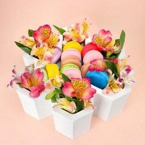"""Пенобокс кашпо для цветов и подарков """"Цветок шестилистный"""", белый"""