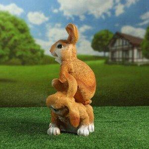 """Садовая фигура """"Заяцы прыгуны"""" 37см рыжие"""