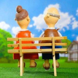 """Садовая фигура """"Бабка с дедкой"""" на лавке 22*48*54 см"""