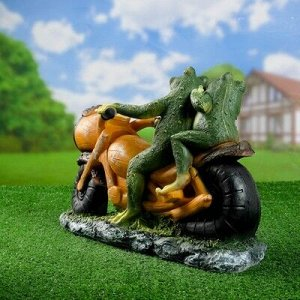 "Садовая фигура ""Лягушки на мотоцикле"" 38*35*12см"