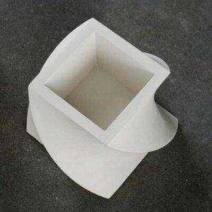 Кашпо Башня белое, 12 х 12 х 10 см