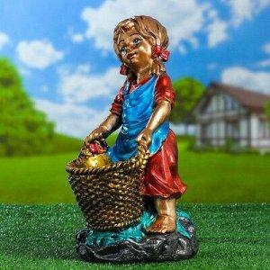 """Садовая фигура """"Девочка с корзинкой"""", разноцветная, 37 см"""
