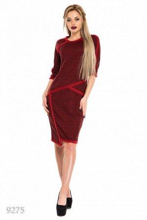Бордовое асимметричное платье из двунити со красной отделкой