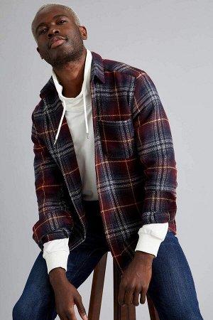 рубашка Размеры модели: рост: 1,88 грудь: 95 талия: 70 Надет размер: M  Хлопок 16%, Полиэстер 26%, Вискоз 18%, Акрил 40%