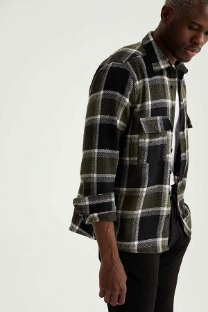 рубашка Размеры модели: рост: 1,88 грудь: 95 талия: 70 Надет размер: L  Акрил 40%, Хлопок 16%, Вискоз 18%, Полиэстер 26%