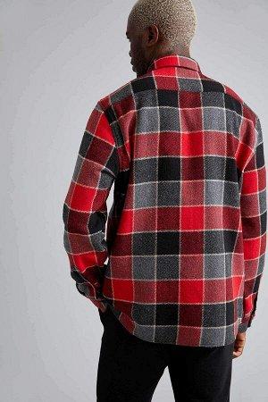 рубашка Размеры модели: рост: 1,88 грудь: 95 талия: 70 Надет размер: L  Хлопок 16%, Полиэстер 26%, Вискоз 18%, Акрил 40%