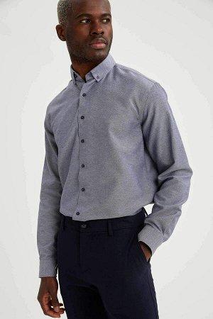 рубашка Размеры модели: рост: 1,88 грудь: 95 талия: 70 Надет размер: M  Полиэстер 40%, Хлопок 60%