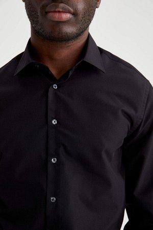 рубашка Размеры модели: рост: 1,88 грудь: 95 талия: 70 Надет размер: M  Хлопок 35%, Полиэстер 65%