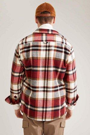 рубашка Размеры модели: рост: 1,92 грудь: 96 талия: 80 бедра: 95 Надет размер: L  Акрил 35%, Хлопок 15%,Poliamid 4%, Вискоз 14%, Полиэстер 32%