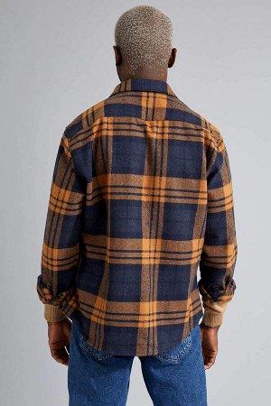 рубашка Размеры модели: рост: 1,88 грудь: 95 талия: 70 Надет размер: L  Хлопок 40%, Полиэстер 15%, Акрил 30%,Di?er Elyaf 15%