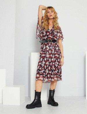 Плиссированное платье средней длины