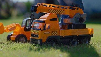 Самые необходимые, самые любимые — детские игрушки в наличии — Спецтехника — Машины, железные дороги