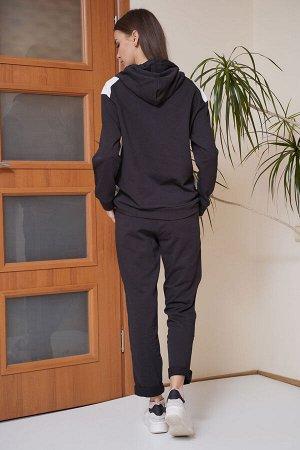 Костюм Костюм Fantazia Mod 3528/1 черно-белый  Состав: ПЭ-22%; Хлопок-70%; Эластан-8%; Сезон: Весна Рост: 164  Сегодня мода как никогда комфортна: ведь спортивный стиль является одним из самых исполь