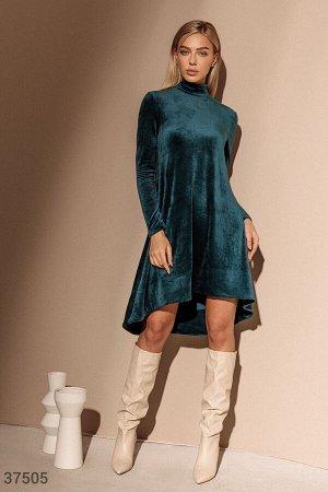 Асимметричное платье из вельвета