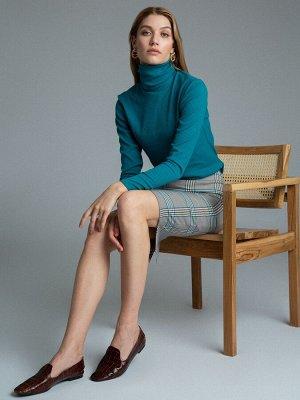 Юбка Состав ткани: Вискоза 60%, Полиэстер 37%, Эластан 3% Длина: 59 См. Описание модели Изящные модницы, любящие актуальные вариации офисного стандарта оценят юбку-карандаш до колен. Контрастная клетк