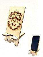 Деревянная подставка? для телефона Лев?