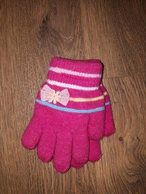 Перчатки На возраст 4 - 5лет.