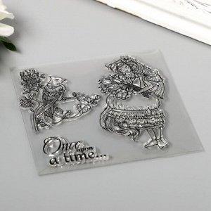 """Штамп для творчества силикон """"Девушка с цветами и птица на ветке"""" 10х10 см"""