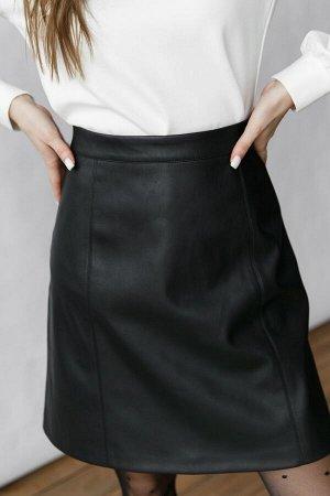 Юбка (НСК) Юбка (НСК)  Состав: 90% ПЭ 10% Эластан Длина: 62 см. Описание модели: Стильная юбка из эко-кожи на любой случай. Модель А-силуэта на притачном поясе. По переду декоративные швы. По спинке