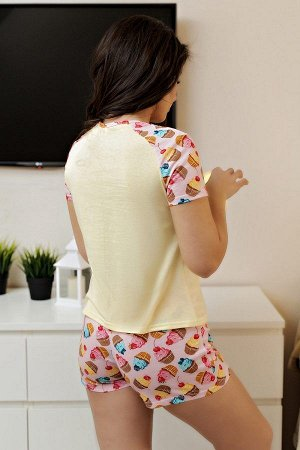 Пижама с шортами ПЖ 022 (Пирожные)