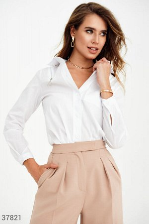 Белая рубашка с декором