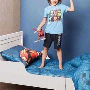 Простыня Простыня с изображением символа Мстителей сделает сон ребенка интересным приключением в мир супергероев.МАТЕРИАЛ: 100% хлопокРАЗМЕРЫ: 214х150 смСТРАНА ПРОИЗВОДСТВА: РоссияКОД ТОВАРА: 1410619.