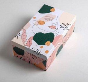 Коробка подарочная Девушка 03