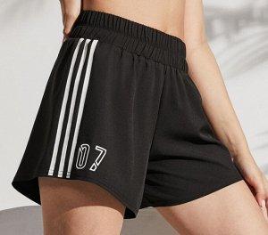 """Женские спортивные шорты с высокой посадкой на резинке, принт лампасы /надпись """"07"""", цвет черный"""