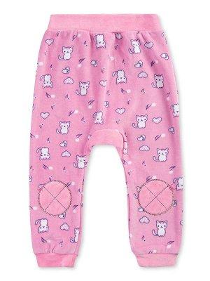 Штанишки ЦВЕТ: Розовый; РИСУНОК: Кошки; СОСТАВ: Хлопок 80%, п/э 20%; МАТЕРИАЛ: Велюр Симпатичные штанишки для малыша, изготовленные из мягкого материала - велюра. На поясе удобная широкая резинка. По