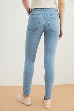 Брюки джинсовые жен. BEET_SS21 голубой
