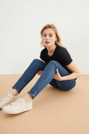 Брюки джинсовые жен. BEET_SS21 темно-голубой