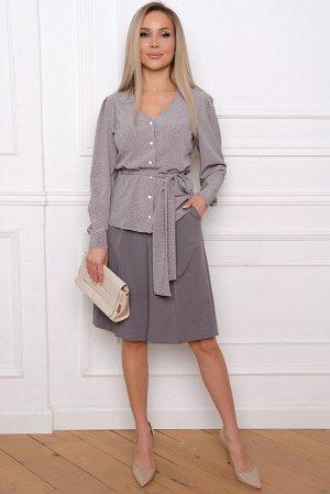 Кофта Длина артикула измеряется по спинке от основания шеи до низа изделия.   Для размера 42 длина блузы составляет 63 см;  для размера 44 - 64 см;  для размера 46 - 65 см; для размера 48 - 66см; для