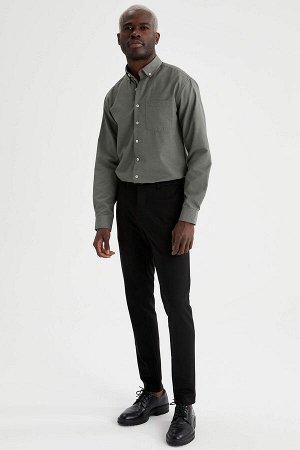 рубашка Размеры модели: рост: 1,88 грудь: 95 талия: 70 Надет размер: M  Хлопок 52%, Полиэстер 48%