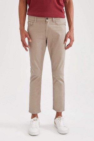 брюки Размеры модели: рост: 1,87 грудь: 95 талия: 73 бедра: 93 Надет размер: размер 30 - рост 30 Elastan 3%, Хлопок 97%