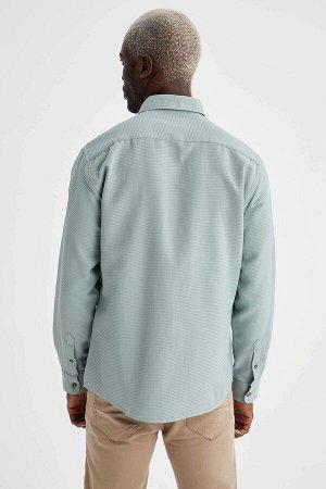рубашка Размеры модели: рост: 1,88 грудь: 95 талия: 70 Надет размер: M  Хлопок 55%, Полиэстер 45%
