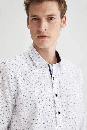 рубашка Размеры модели: рост: 1,87 грудь: 99 талия: 75 бедра: 94 Надет размер: M  Хлопок 55%, Полиэстер 45%