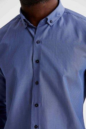 рубашка Размеры модели: рост: 1,88 грудь: 95 талия: 70 Надет размер: M  Полиэстер 53%, Хлопок 47%