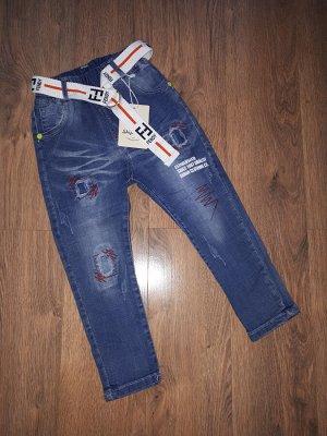 Джинсы Стильные джинсы на резинке. Длина от пояса 57см, Внутренний шов 34см