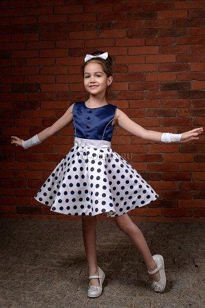 Платье Пышное платье в стиле стиляг. Материал - плотный атлас, сетка, подклад хлопок. В комплект к платью идет заколочка-бантик. Сзади пояс и красивый бант, который уже готов, вам остается только затя