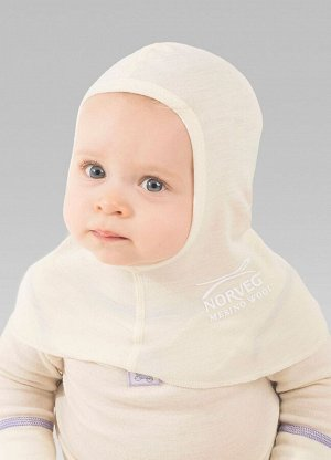 Шапка-шлем, цвет молочный