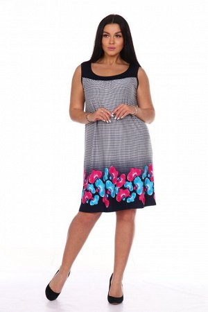 Платье Платье из вискозы приятного синего цвета с цветочным принтом отлично впишется в летний гардероб любой женщины. Свободный струящийся силуэт и широкая горловина не будут стеснять движения при про