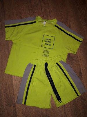 Костюм Стильный, яркий и модный костюм. Размер 7; Длина футболки(укороченный вариант)42см, Шорты 28см. Размер 9; Футболка(укороченная) 42,5см, Шорты 28см. Размер 11; Футболка 45см, Шорты29см