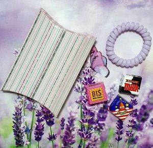 Подарок Размер коробочки 11 × 8 см, резинка-браслет 1шт (цвета в ассортименте), сладкий презент(мармелад, шоколад,жевательная резинка или конфеты на выбор поставщика)