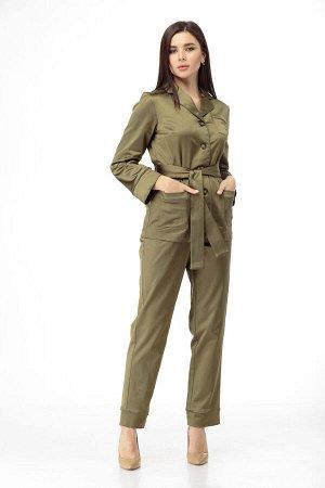Пижама Пижама ANELLI 870 хаки  Состав: Вискоза-65%; ПЭ-32%; Спандекс-3%; Сезон: Осень-Зима Рост: 164  Модные показы 2020 утвердили тренд пижамный стиль в моде продемонстрировало большинство дизайнеро