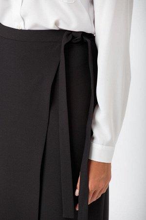 Костюм Костюм ANELLI 912 черный  Состав: ПЭ-66%; Шерсть-28%; ПАН-6%; Сезон: Осень-Зима  Комплект выполнен из костюмной ткани в чёрном цвете.В комплект входит: двубортный жакет прямого силуэта на подк