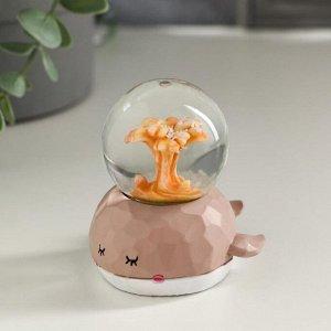 "Сувенир полистоун водяной шар, свет ""Кит и фонтан"" от батареек МИКС 7,3х7х6,5 см"